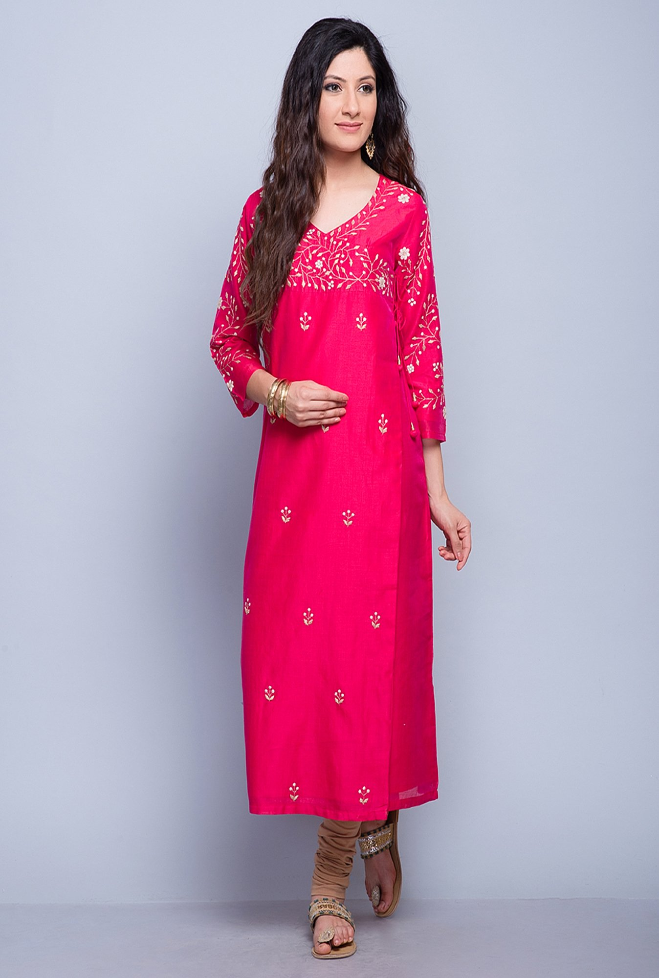 Fabindia Pink Embroidered Kurta