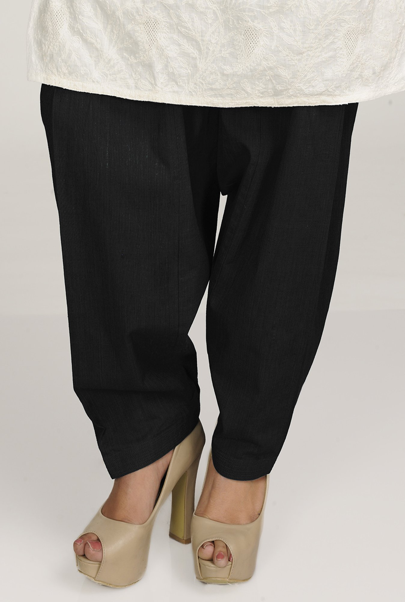 Fabindia Black Solid Patiala