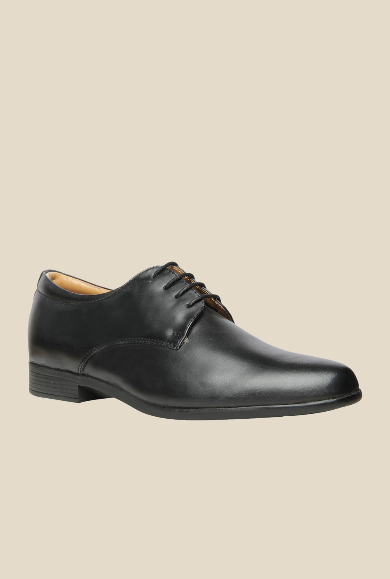 Bata Super Star Black Derby Shoes