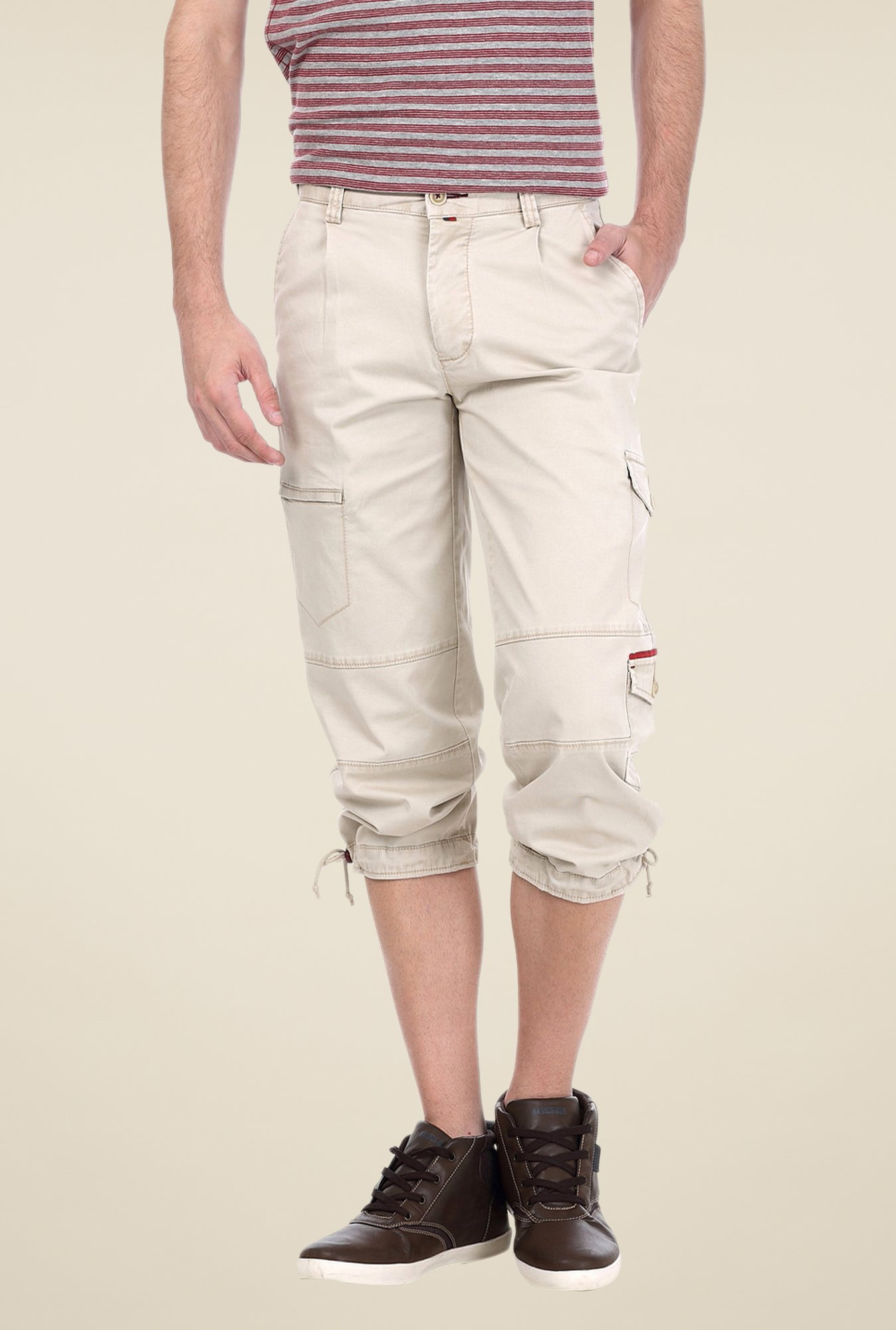 Basics Ecru Solid Shorts
