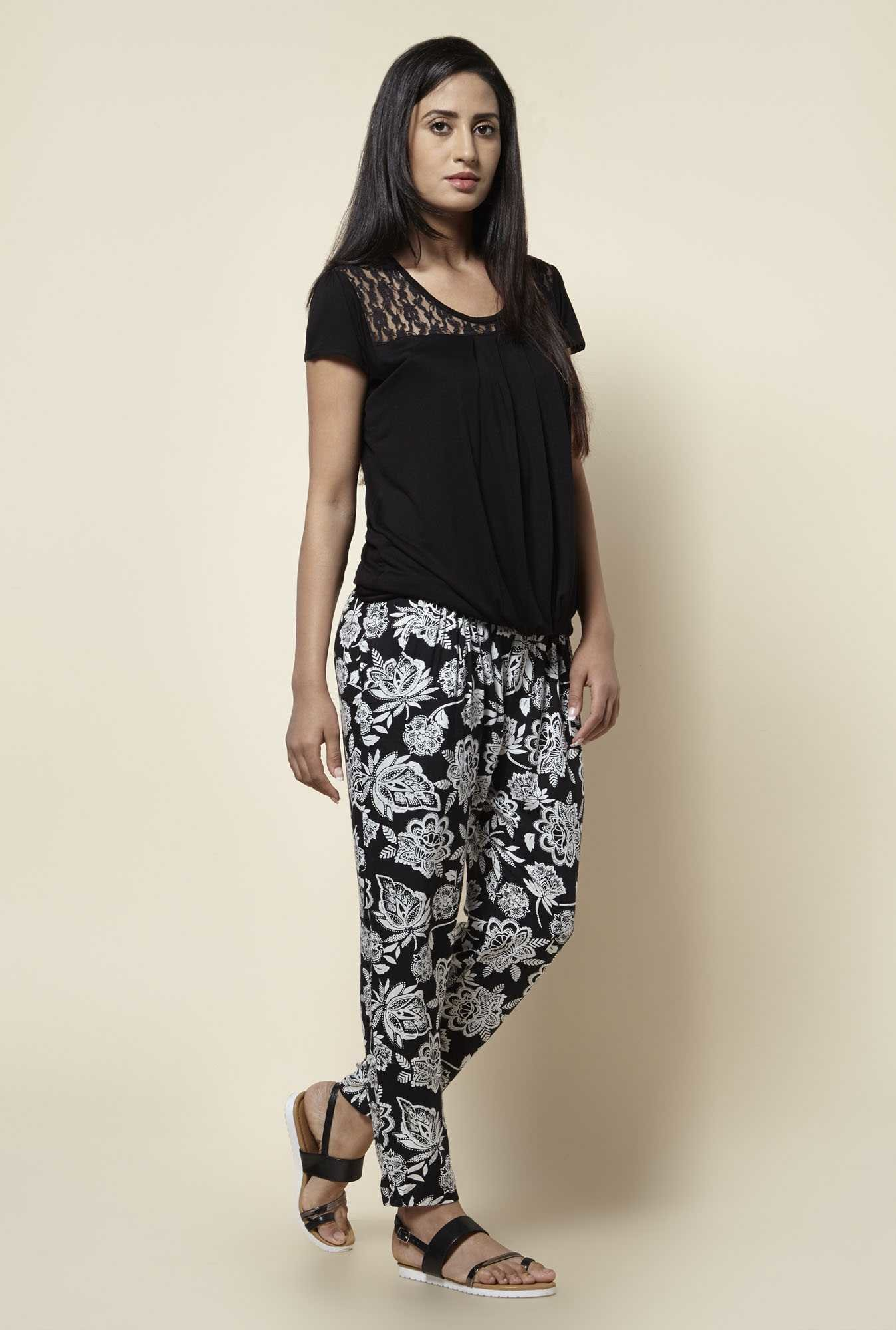 Zudio Black Floral Print Pants