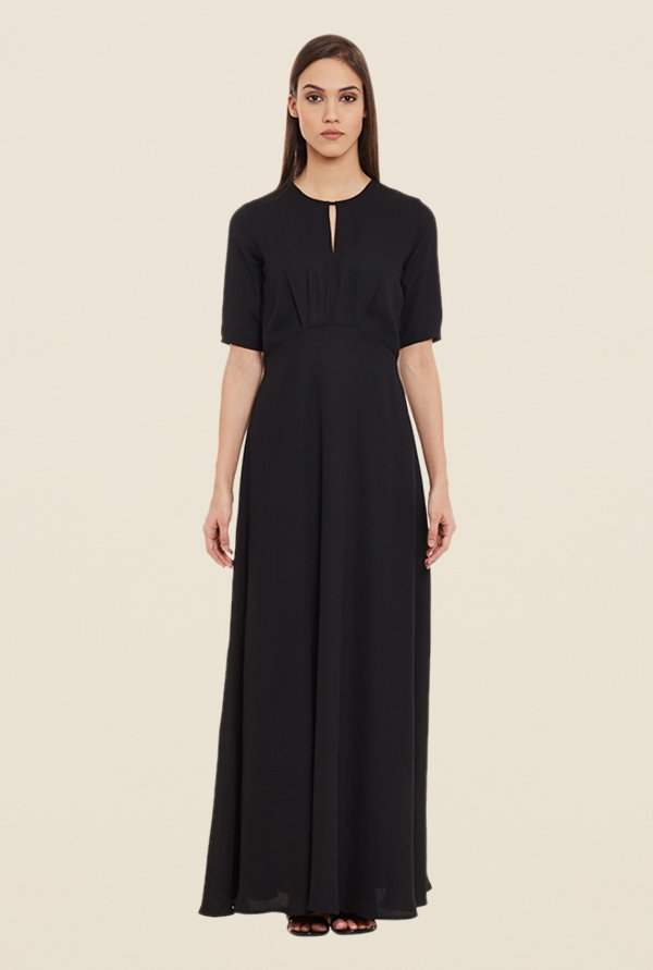 Femella Black Solid Maxi Dress