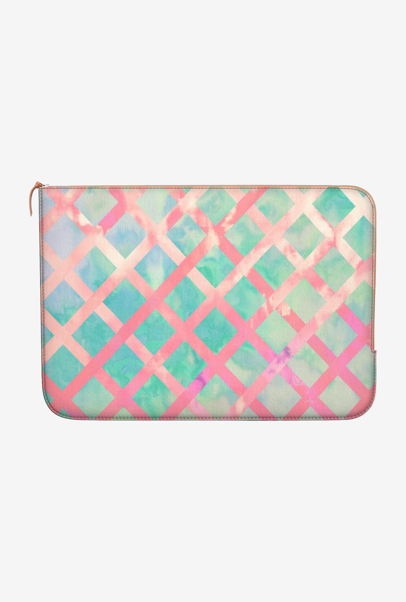 DailyObjects Retro Lattice MacBook Pro 15 Zippered Sleeve