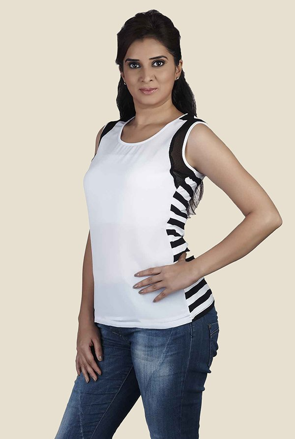 Soie White Solid Sleeveless Top