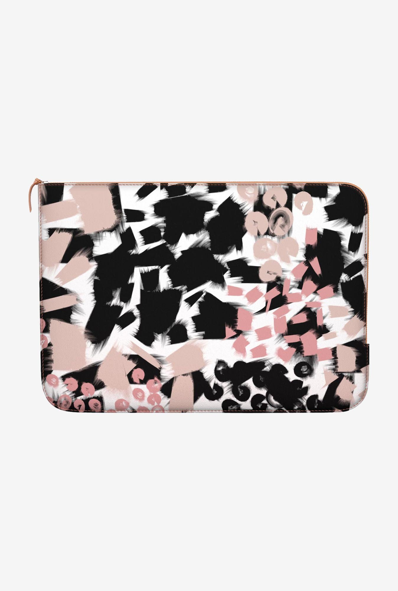 "DailyObjects Smudge Macbook Air 11"" Zippered Sleeve"