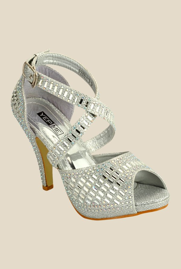 Yepme Silver Cross Strap Sandals