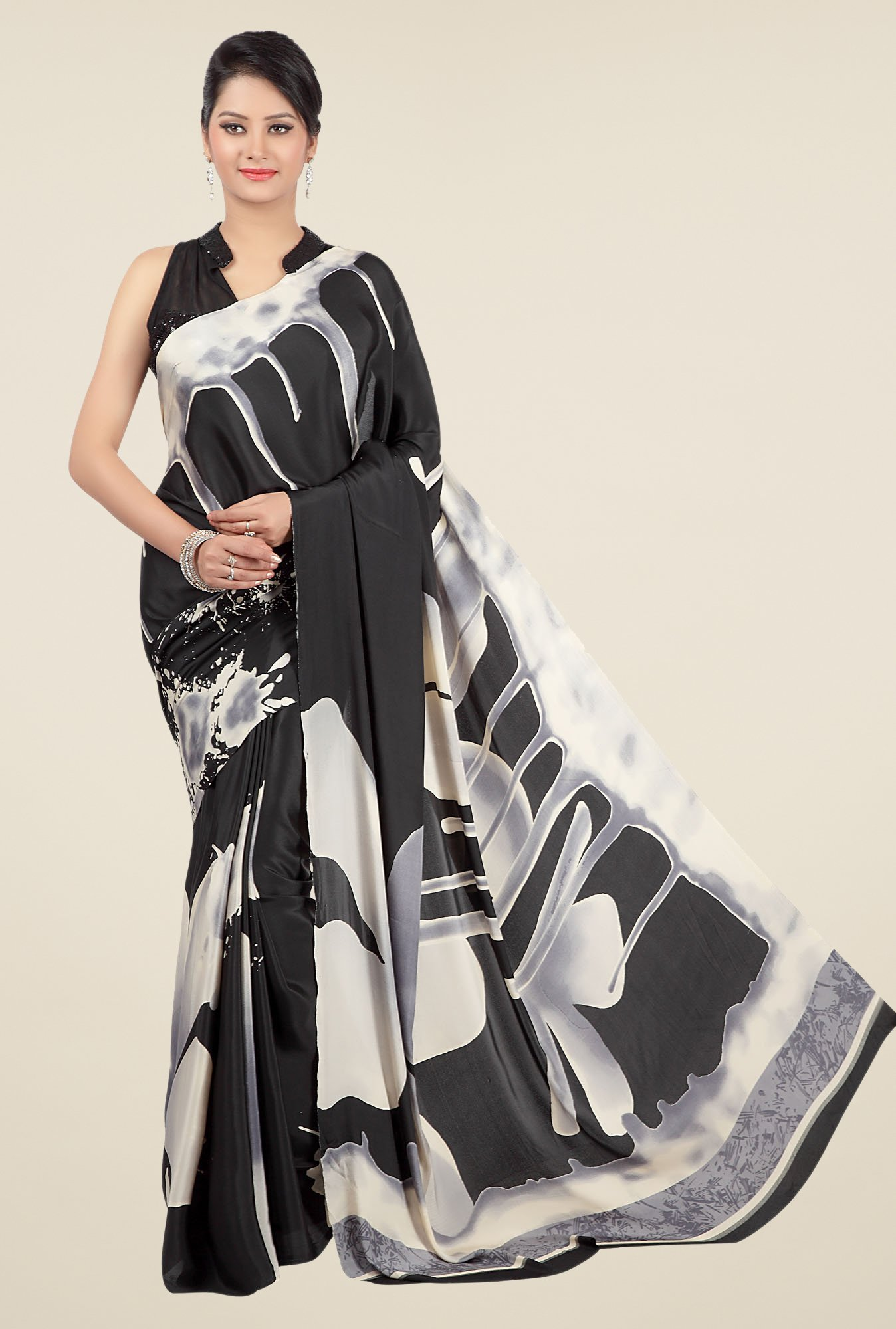 Jashn Black & Off White Printed Saree