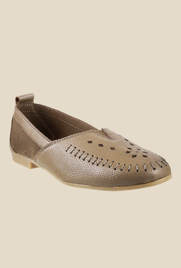 Metro Chikoo Casual Shoes