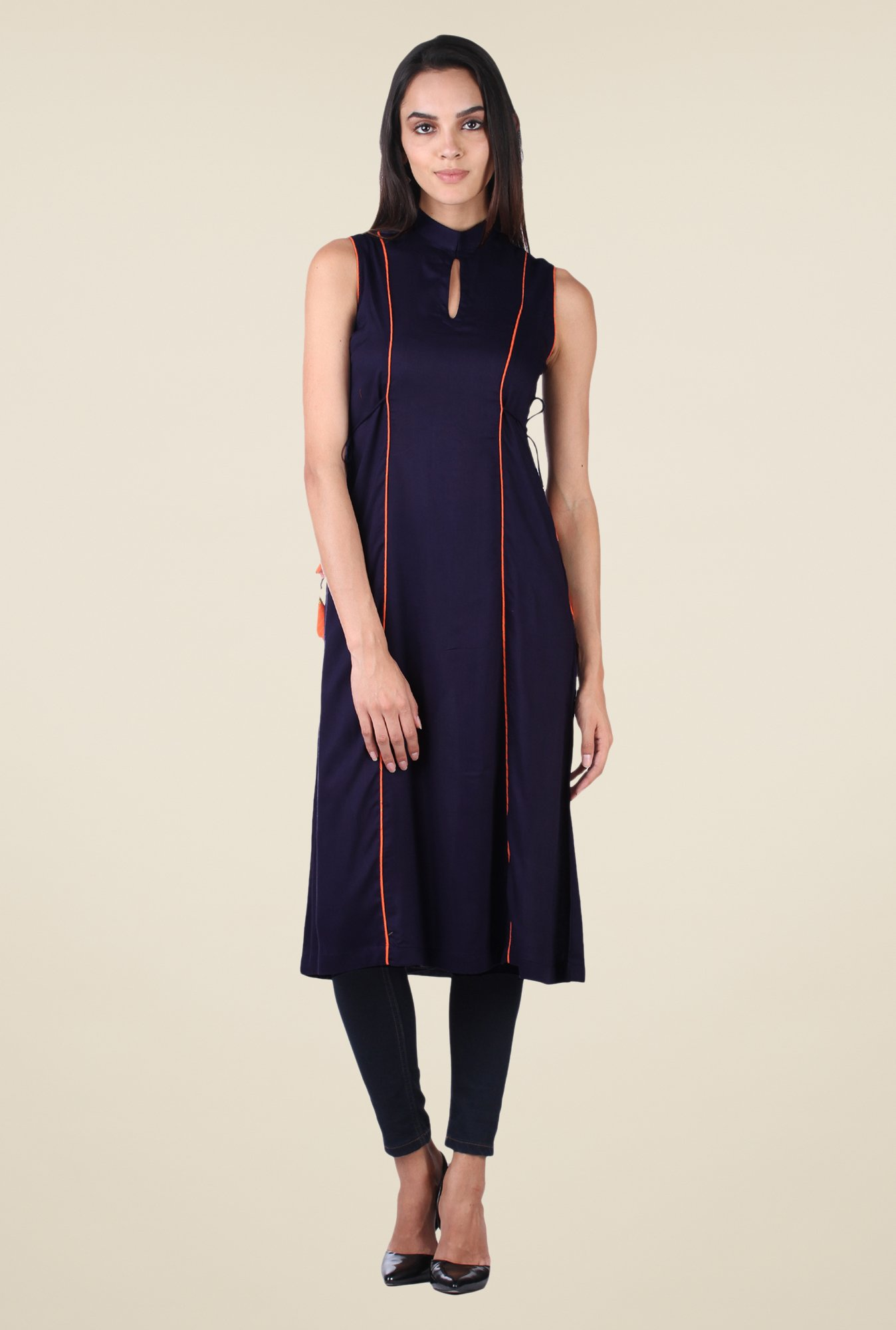 9rasa Navy Solid Paneled Kurta