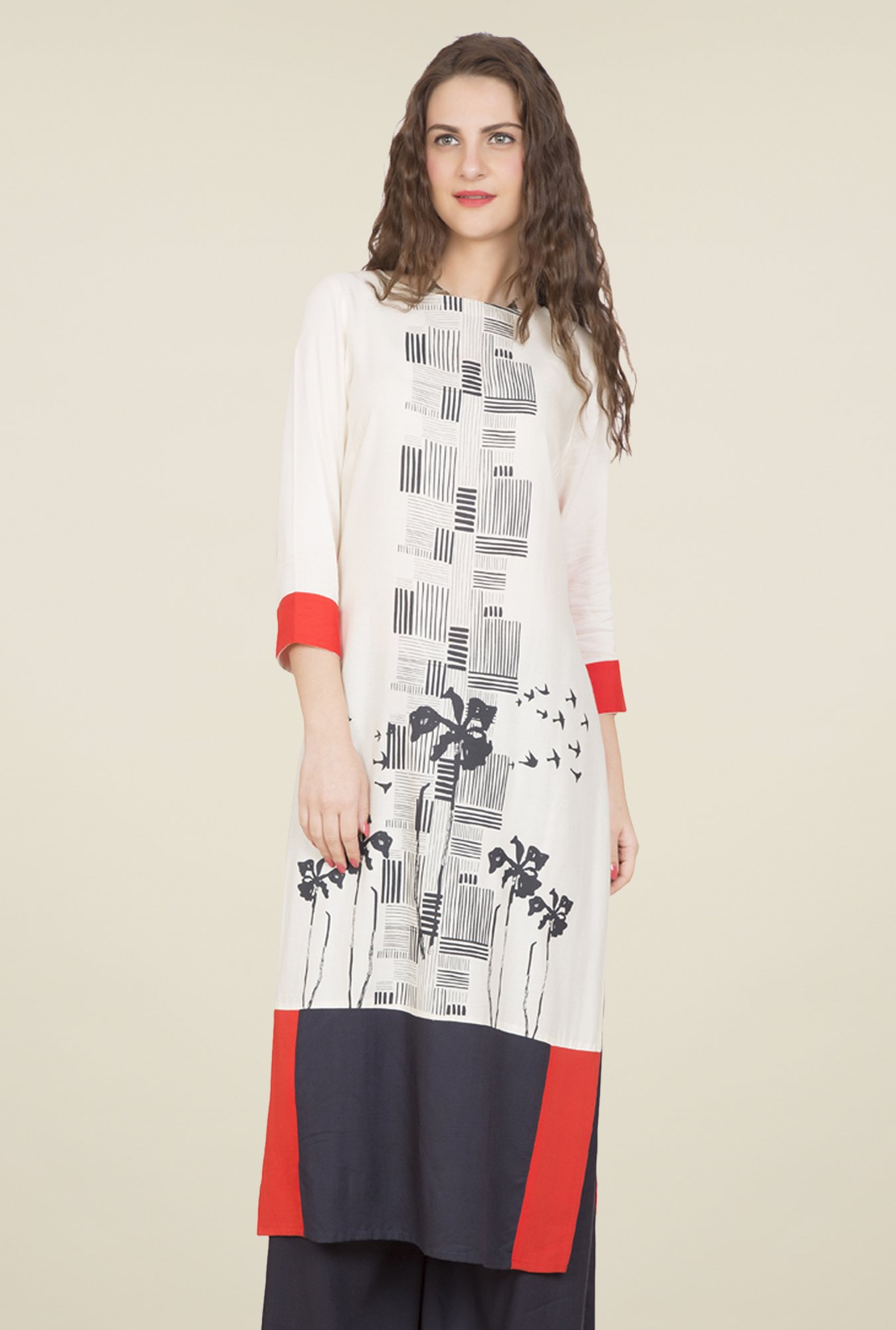 Desi Belle Off White Printed Kurti