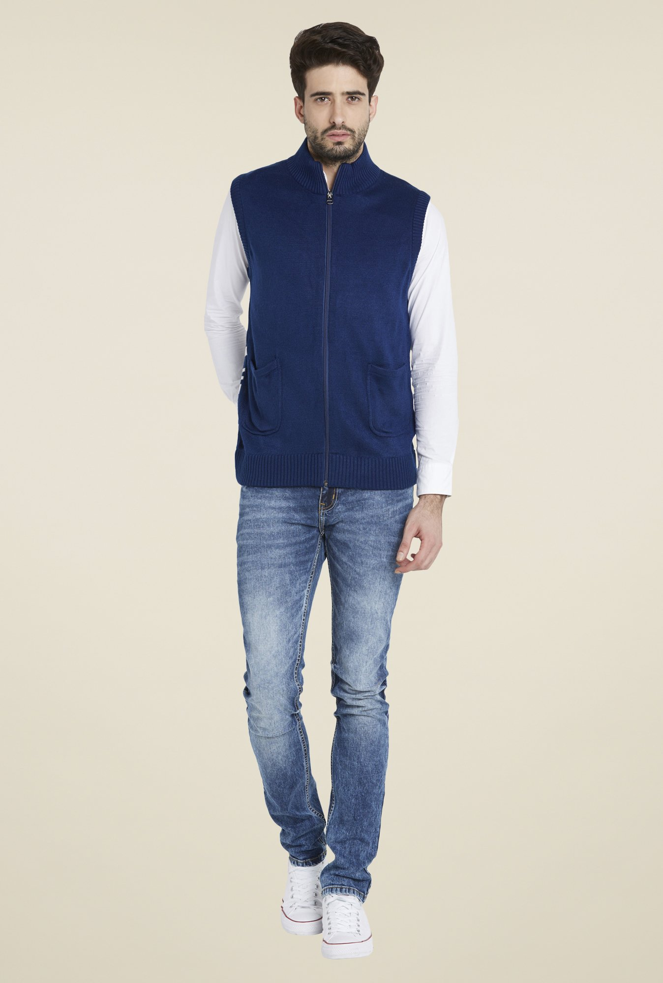 Globus Blue Solid Sleeveless Jacket