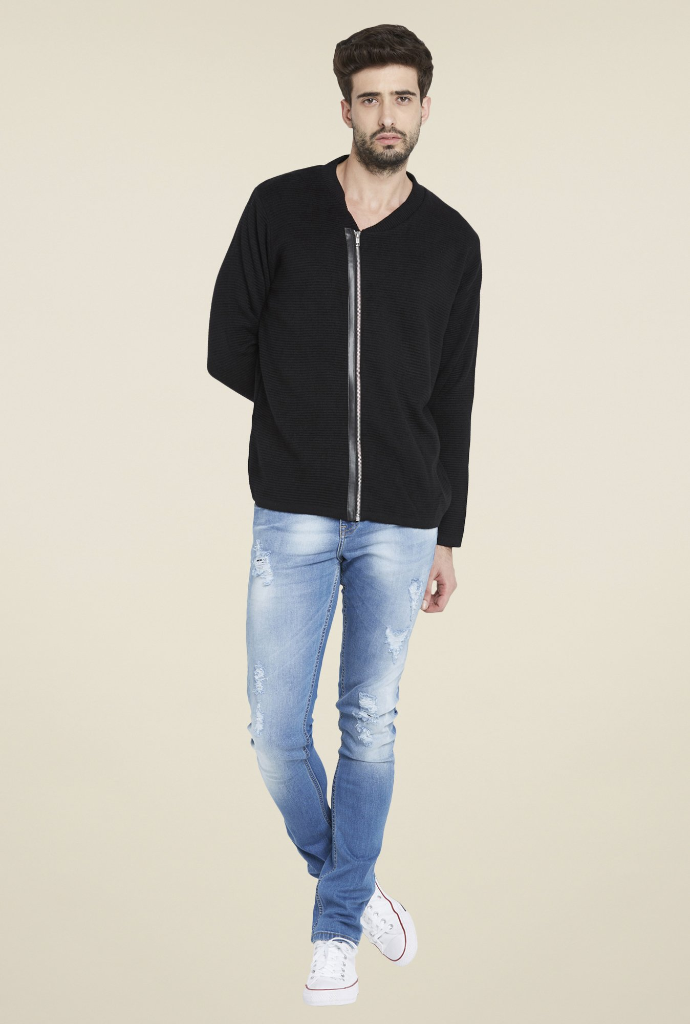 Globus Black Solid Sweater