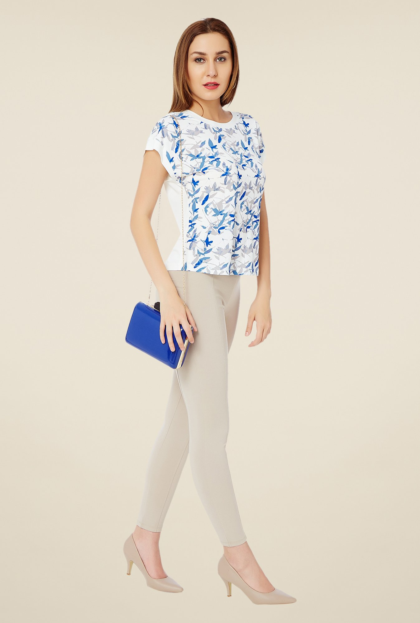 Avirate Off White & Blue Printed Top
