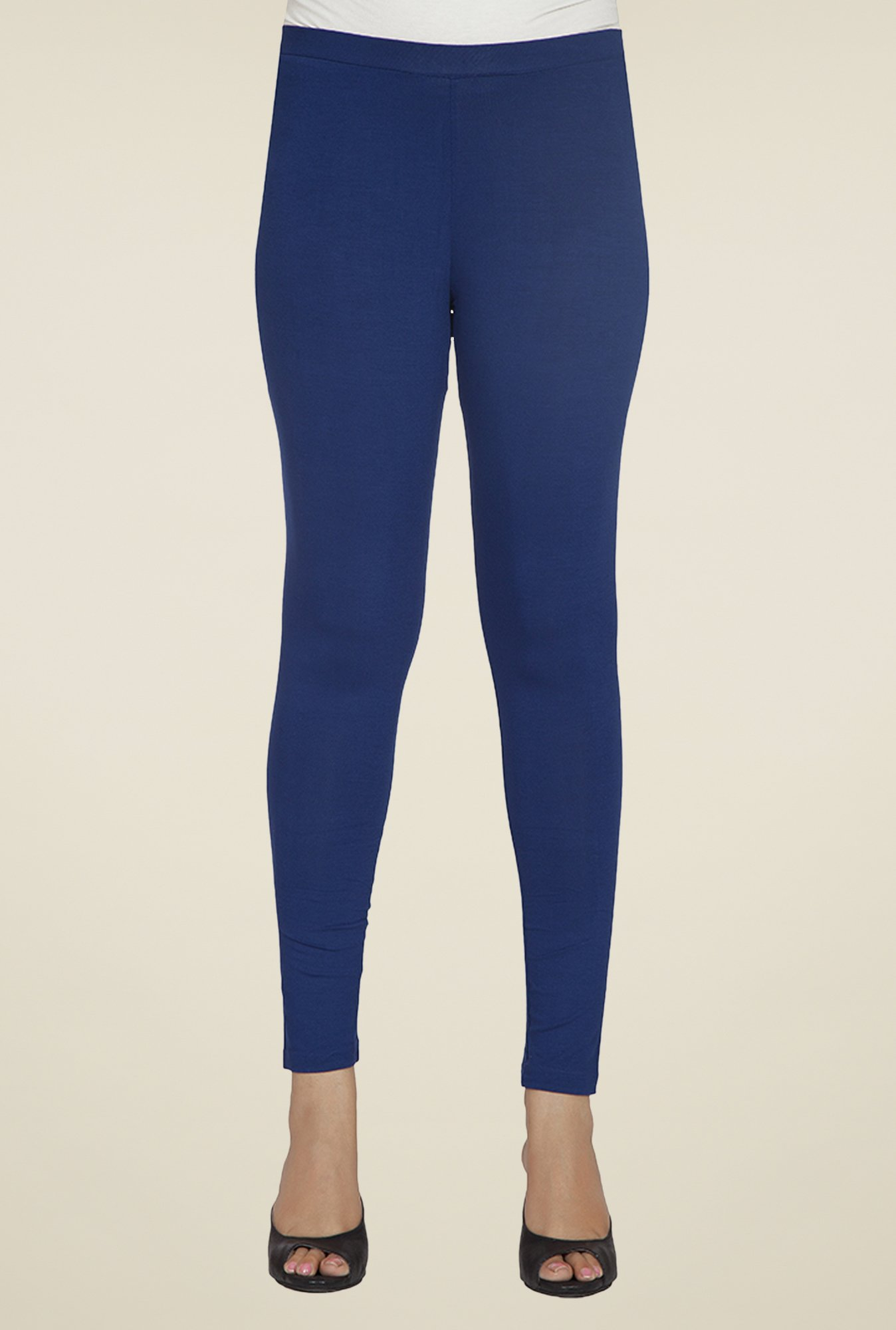 Desi Belle Navy Solid Leggings