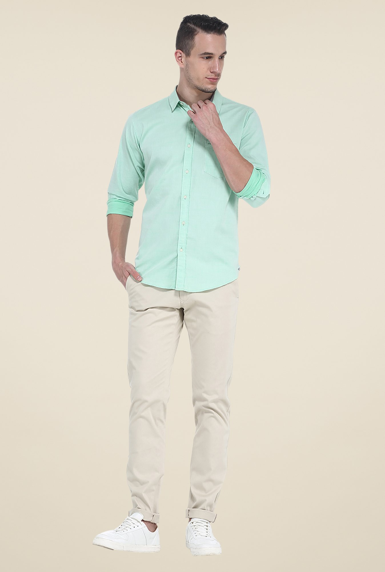 Basics Green Solid Slim Fit Shirt