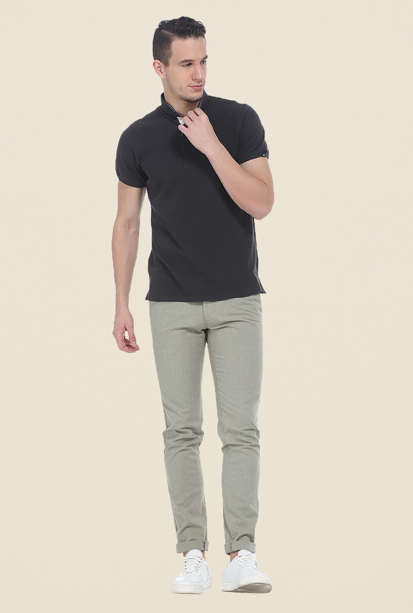Basics Olive Solid Elastane Tapered Fit Chinos