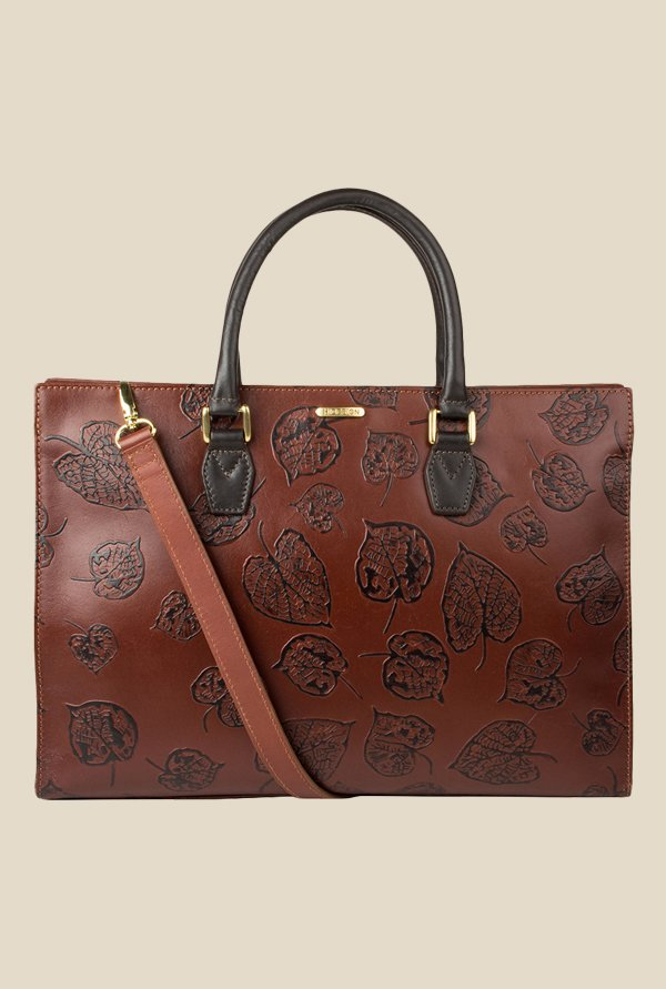 Buy Hidesign Handbags - Upto 50% Off Online - TATA CLiQ 6a655530b21e4