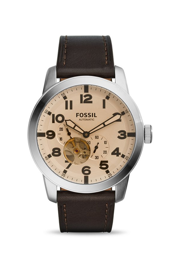 Upto 30% off on Fossil