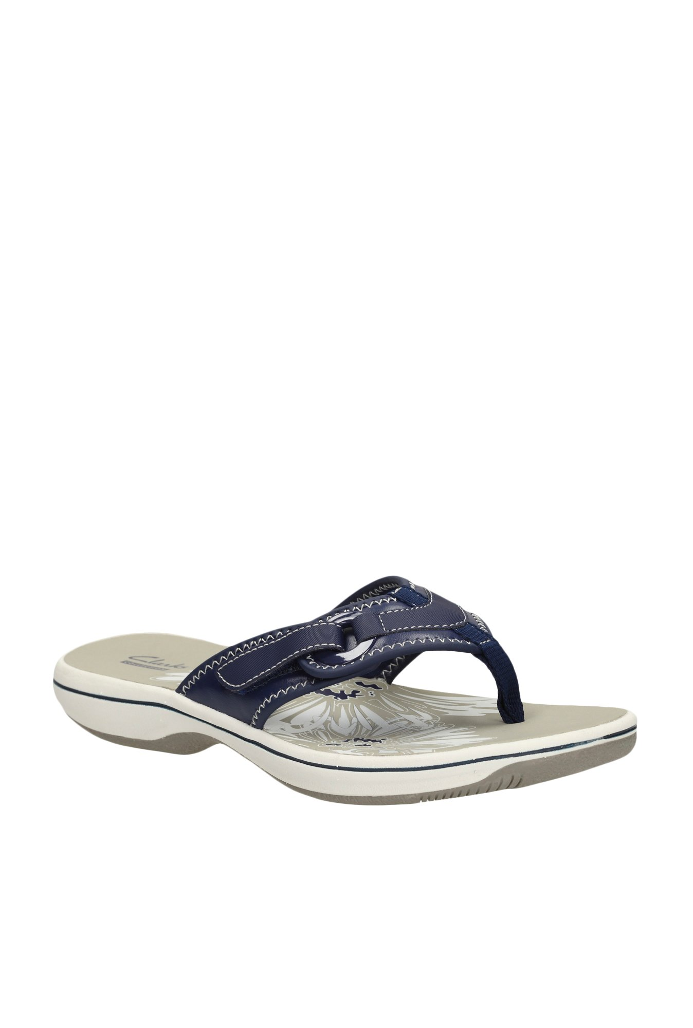 715dcf4aa72 Buy Clarks Brinkley Mila Navy Thong Sandals for Women at Best Price   Tata  CLiQ