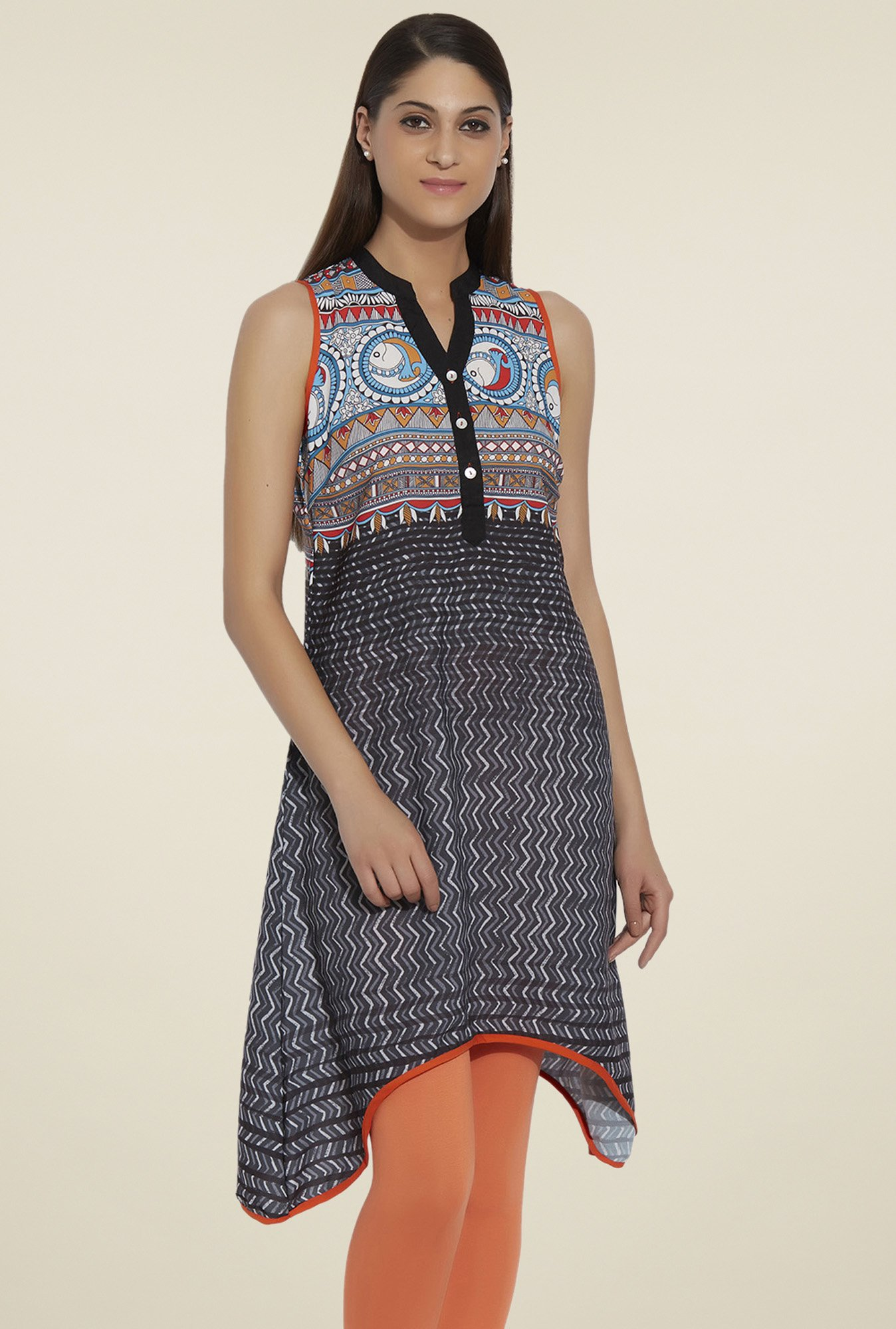 Globus Black Sleeveless Kurti