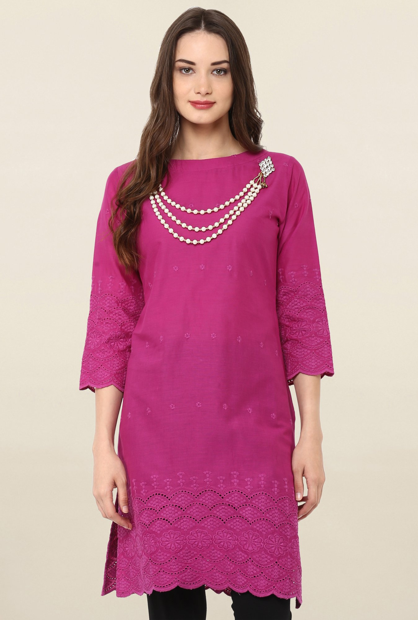 Janasya Magenta Embroidered Cotton Kurti