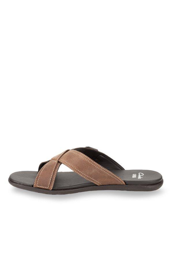 cb16262bc497 Buy Clarks Valor Slide Brown Cross Strap Sandals for Men at Best ...