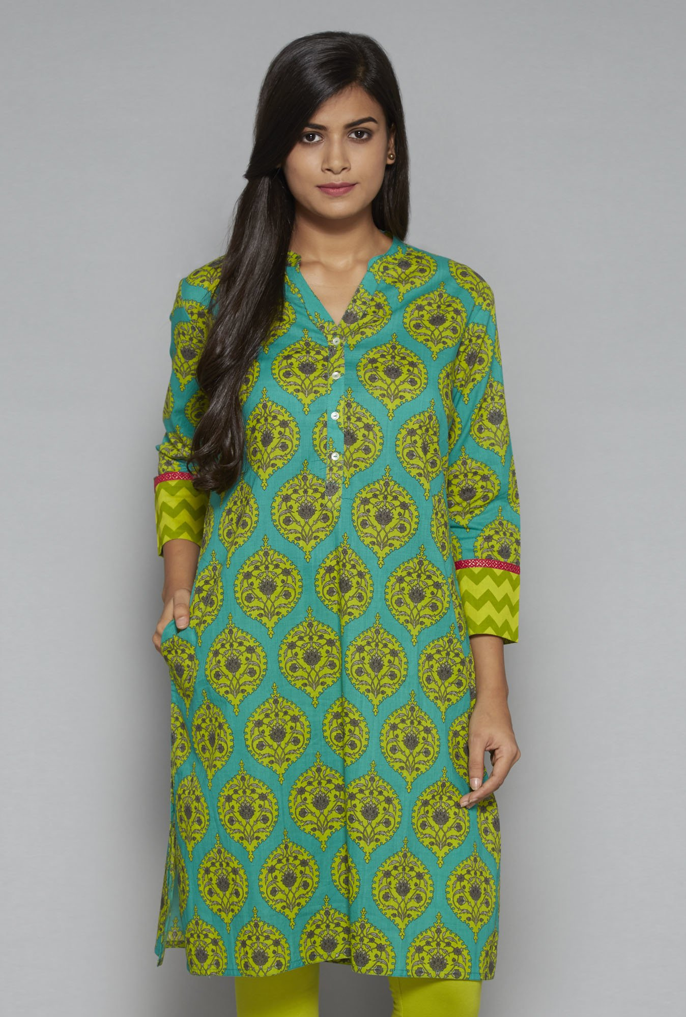 Utsa by Westside Green Kurta