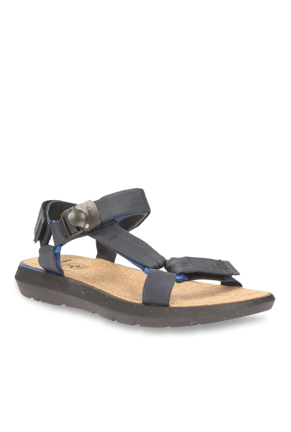 Clarks Pilton Brave Black Floater Sandals
