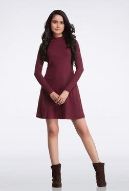 FEMELLA Maroon High Neck Casual Dress