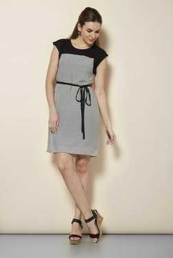 109 F Black Stripes Casual Dress