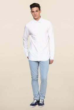 Jack & Jones White Cutaway Collar Solid Casual Shirt