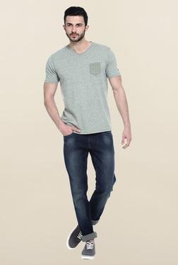 Basics Green Solid Slim Fit T-Shirt