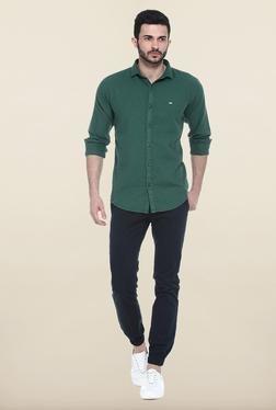 Basics Green Solid Slim Fit Casual Shirt