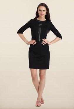 Avirate Black Solid Shift Dress