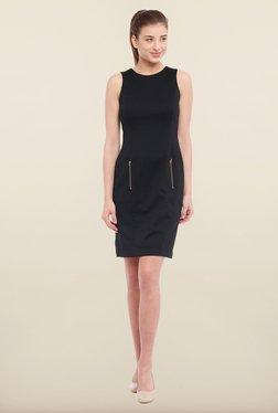 Avirate Black Solid Shift Dress - Mp000000000119579