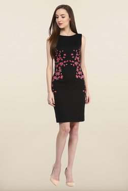 Avirate Black Printed Sleeveless Shift Dress