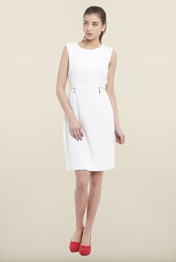 Avirate White Solid Shift Dress
