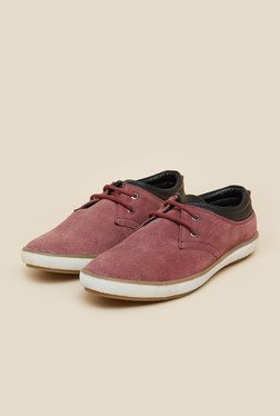 Gen X by Mochi Maroon Casual Shoes