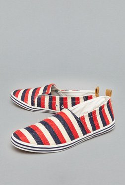 Nuon White Slip-Ons Canvas Shoes