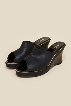 Inc.5 Black Mule Wedges