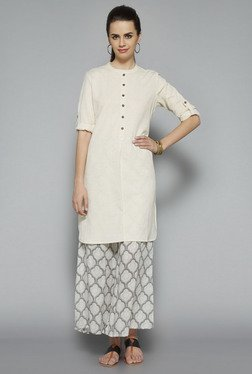 Utsa Off White Solid Regular Fit Kurta