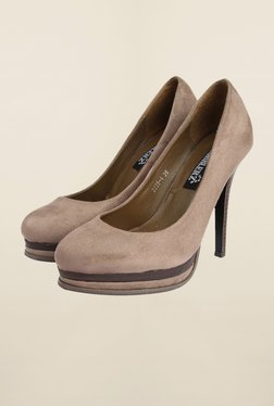 Cobblerz Beige Stiletto Shoes