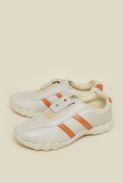 Zudio Beige Training Shoes