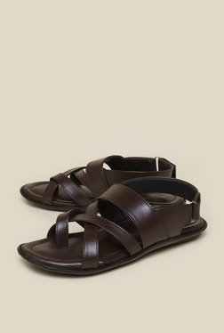 Zudio Brown Toe Strap Sandals