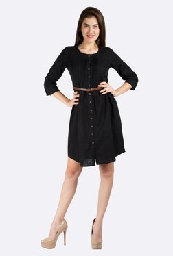 109 F Black Solid Dress
