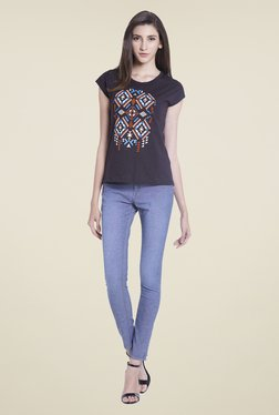 Globus Black Printed Round Neck Cotton Top