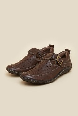 BCK By Buckaroo Maric Brown Sandals