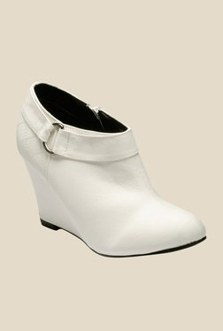 Yepme White Wedge Heeled Boots