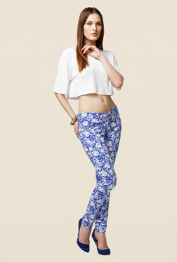 Yepme Estella Blue & White Floral Print Chinos