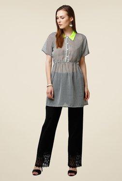 Yepme White Ressee Shirt Style Kurti